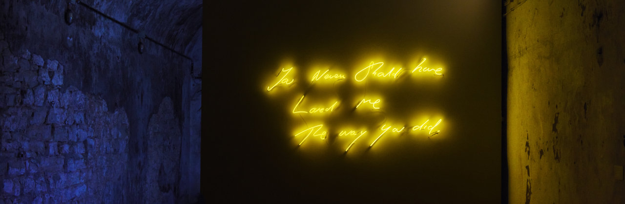 Tracey Emin, You Never Should have Loved Me The way you did, 2014, neon, transformer, 36 3/4 x 69 1/2 x 0 5/16 in. (93.4 x 176.5 x .8 cm) © Tracey Emin. All rights reserved, DACS 2019. | © www.frankvinken.com
